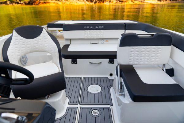 vr5-inboard