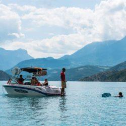 Location bateaux, pedalo, canoës